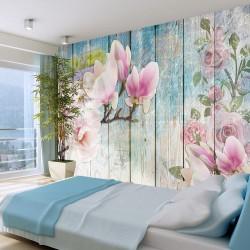 Fototapeta - Różowe kwiaty na drewnie