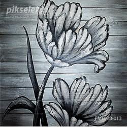 Monochromatyczne kwiaty