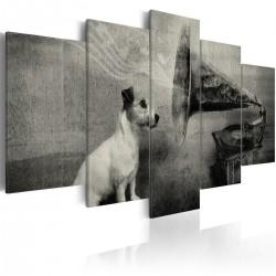 Obraz Piesek wsłuchujący się w muzykę z gramofonu