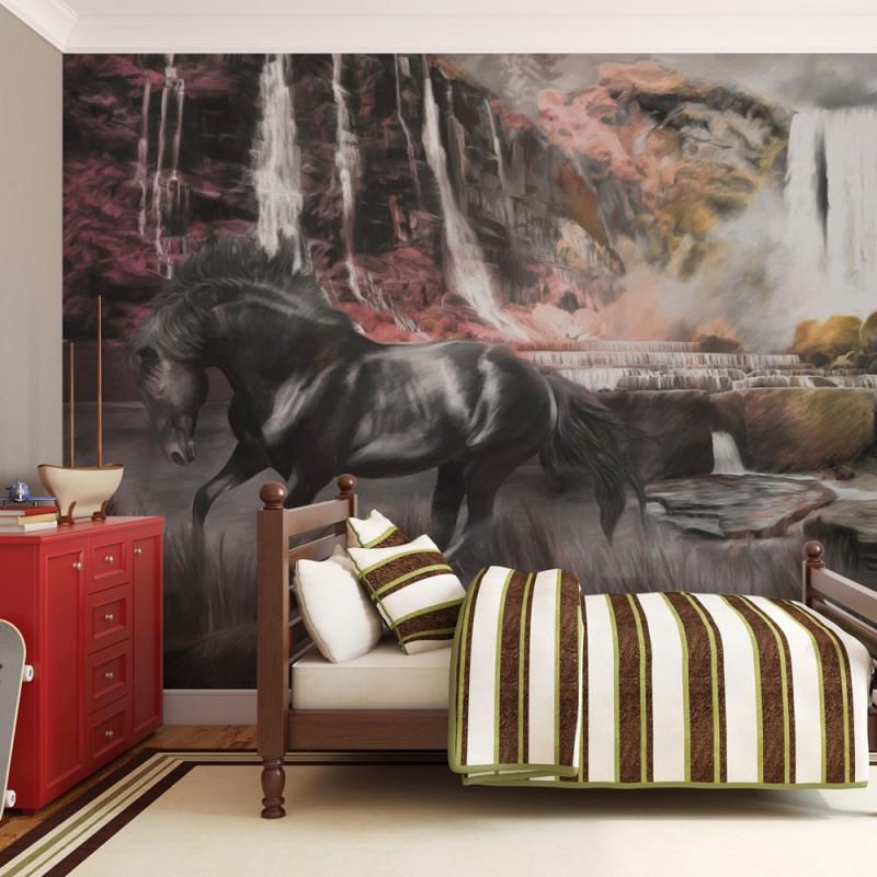Fototapeta  Czarny koń przy wodospadzie