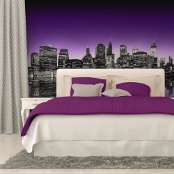 Fototapeta - The Big Apple in purple color